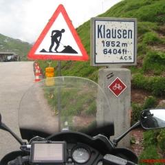 Alpler, Geçitler