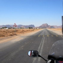 wadi-rum-yolu-22