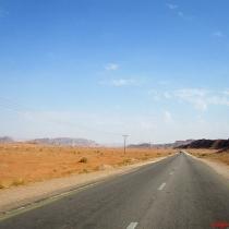 wadi-rum-yolu-4