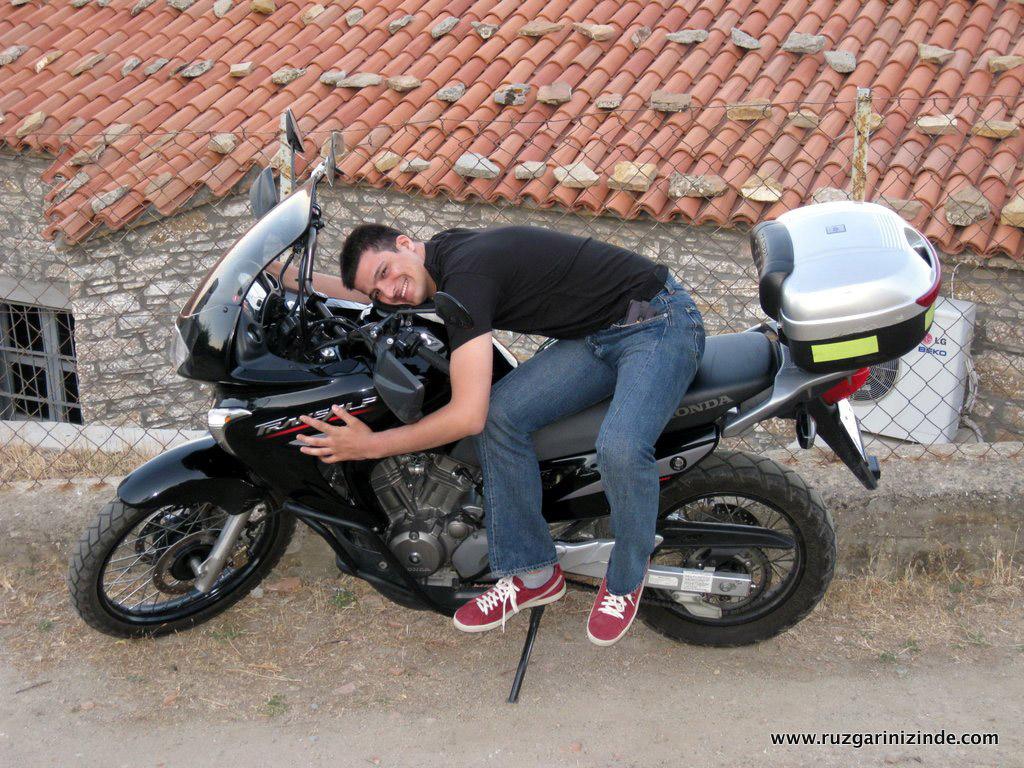 Ne İşin Olur Motosikletle!