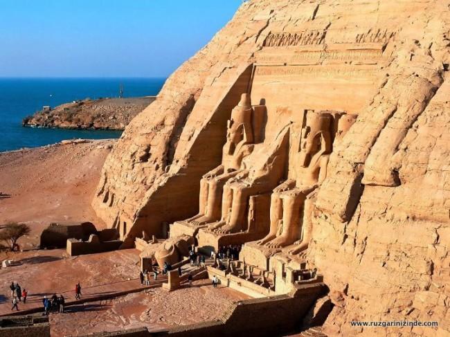 Mısır Abu Simbel Tapınağı
