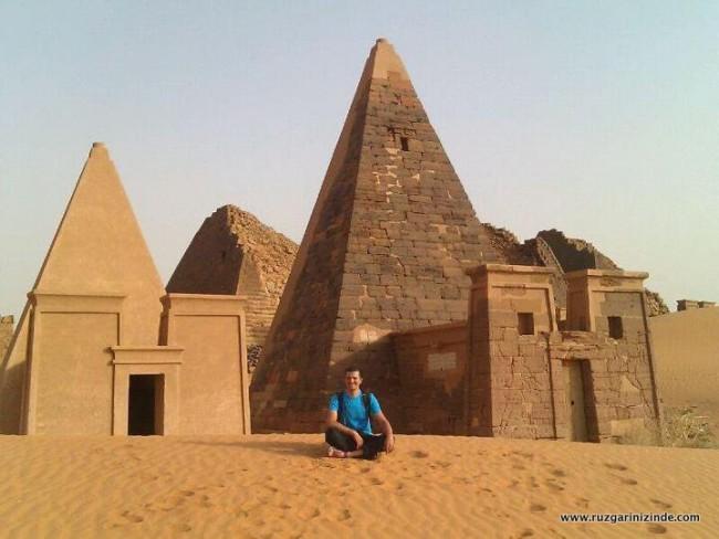 Sudan Pramitleri
