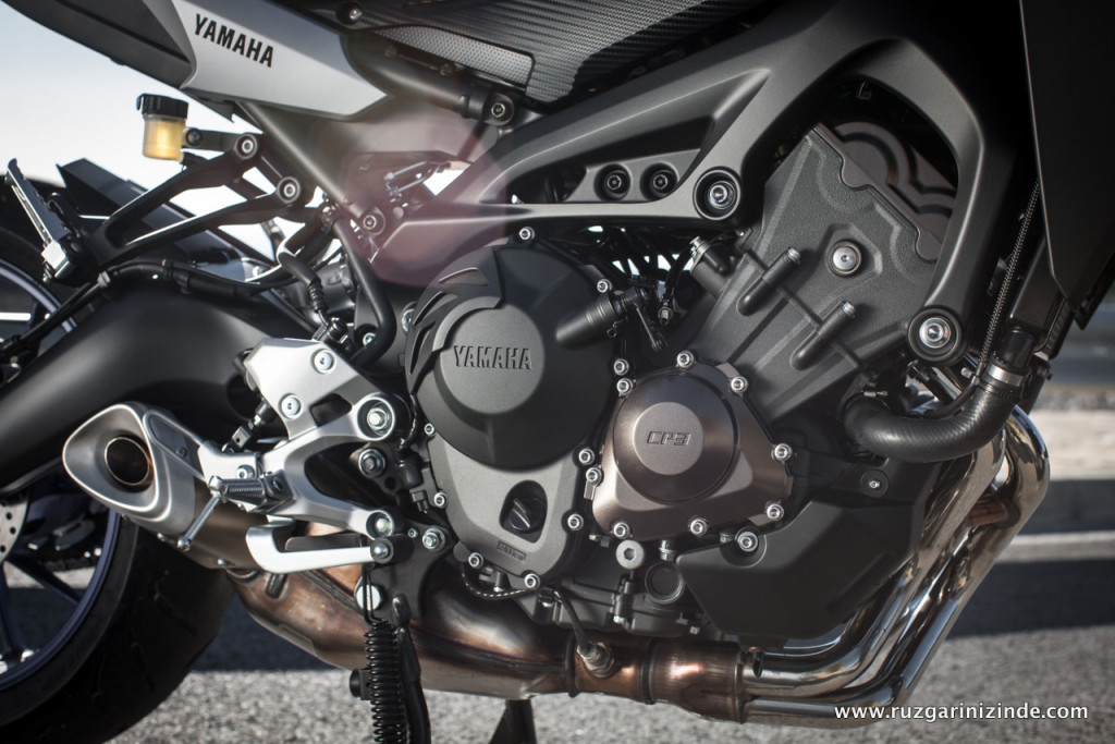 Yamaha-mt09-tracer-test-023