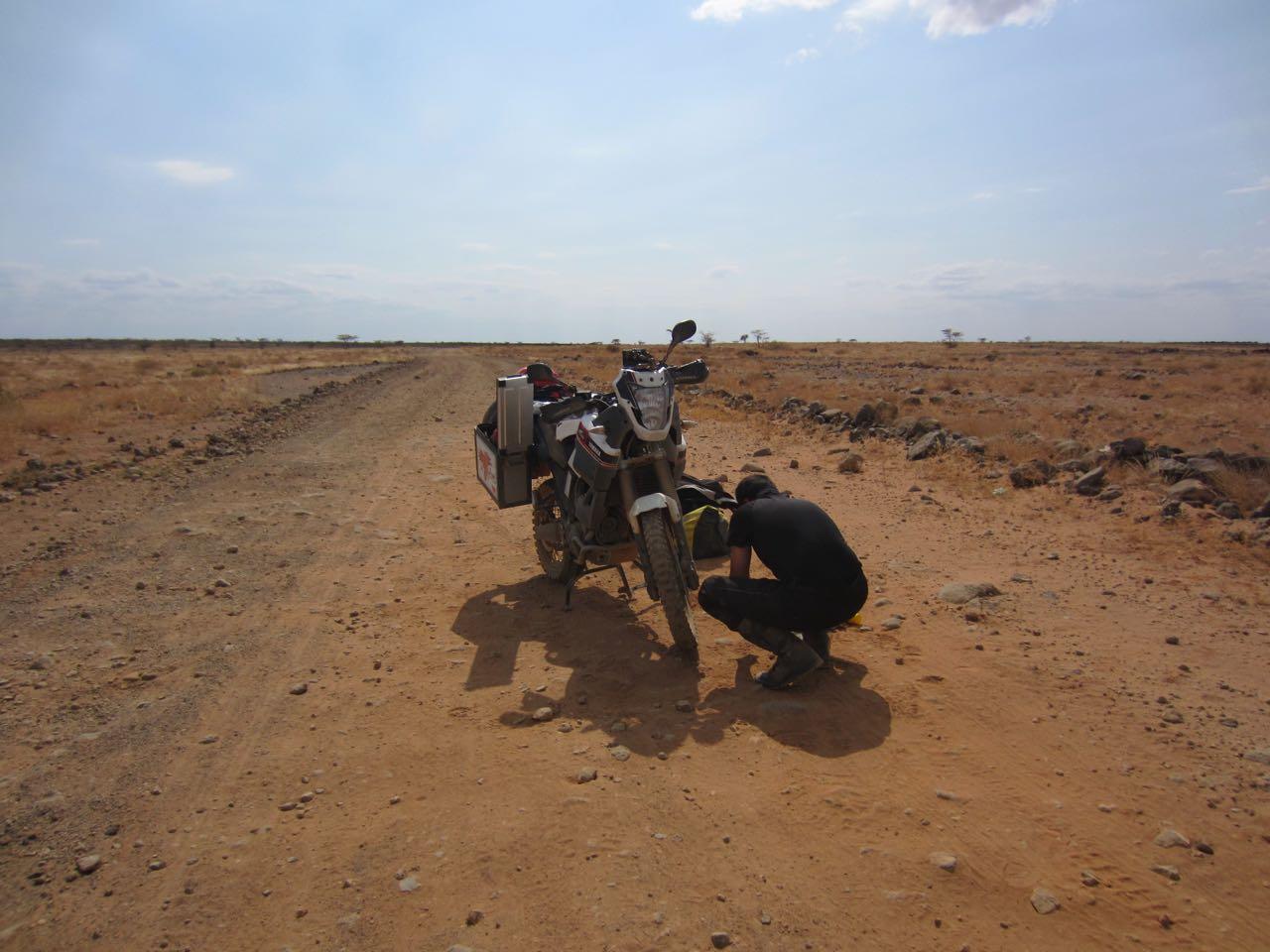 afrika-kenya-marsabit-motosiklet
